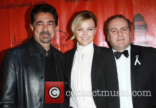 Joe Mantegna, Malin Akerman and Mann 6