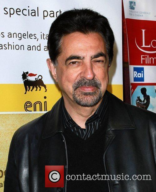 Joe Mantegna and Mann 4