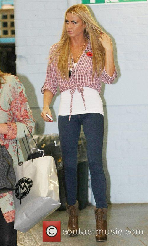 katie price outside the itv studios london 3588372