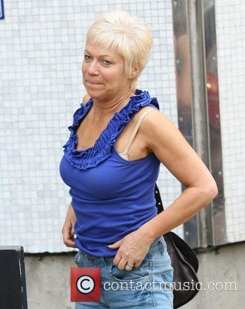 Denise Welch with her bra strap exposed outside...