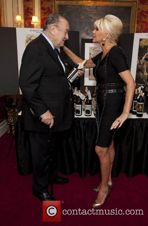 Sirio Maccioni and Ivana Trump 5