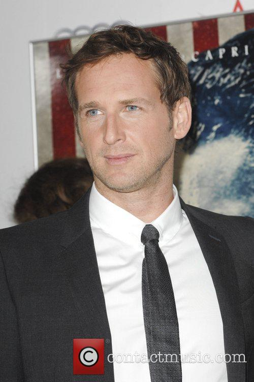 Josh Lucas and Grauman's Chinese Theatre 2