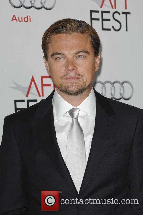 Leonardo Dicaprio and Grauman's Chinese Theatre 1