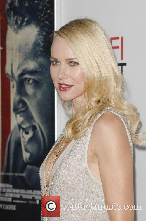 Naomi Watts and Grauman's Chinese Theatre 4