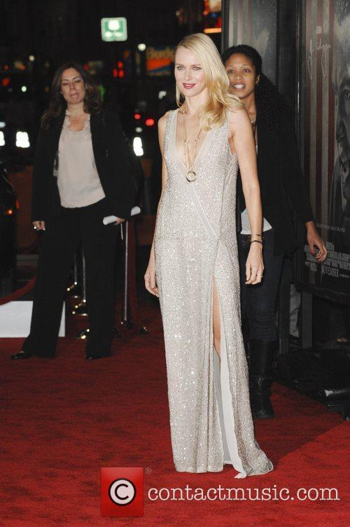 Naomi Watts and Grauman's Chinese Theatre 1