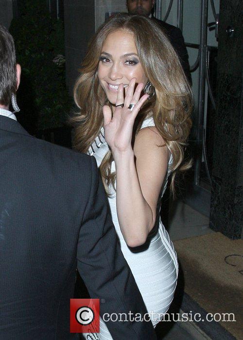 Jennifer Lopez and Steps 2