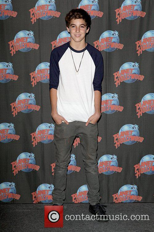 Jackson Guthy pop sensation promotes his new single...