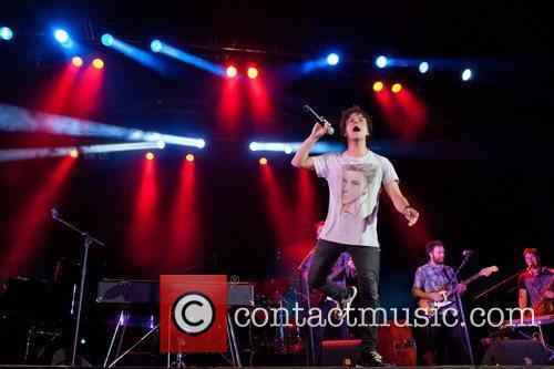 Jamie Cullum performing live at Cool Jazz Fest...