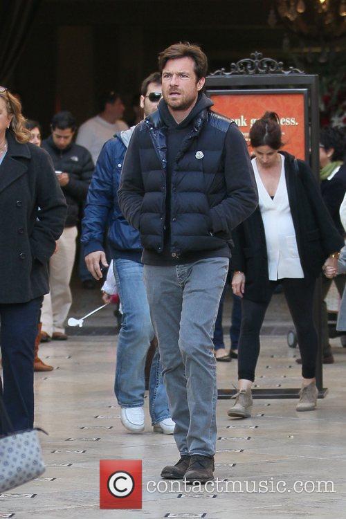 Jason Bateman shopping with his pregnant wife at...