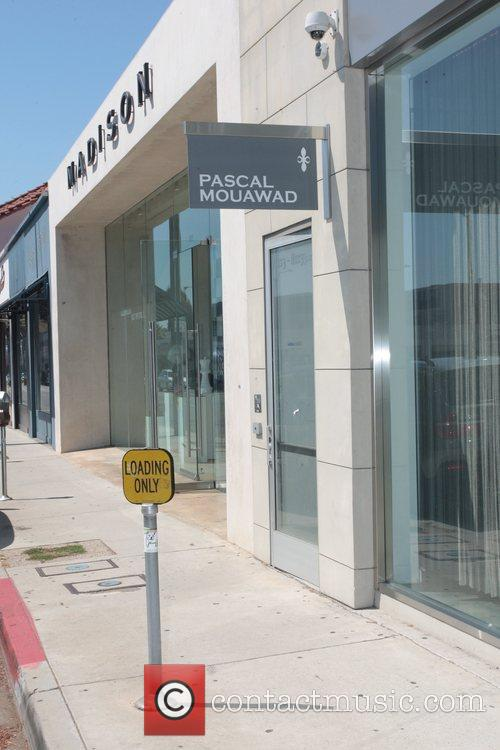 General view of Pascal Mouawad jewelry store exterior