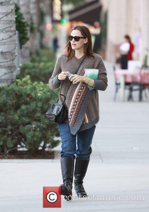 Jennifer Garner is seen walking down Rodeo Drive...