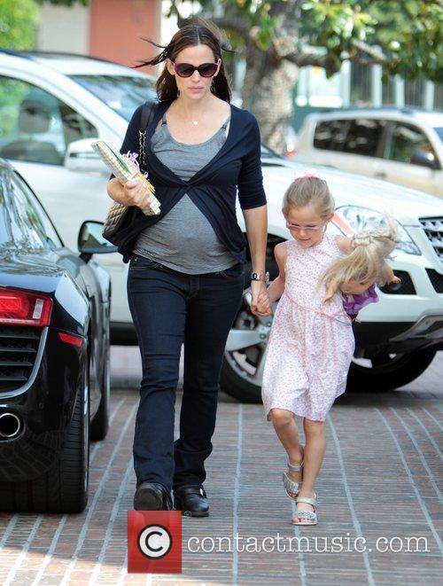 Pregnant Jennifer Garner and her daughter Violet Affleck...