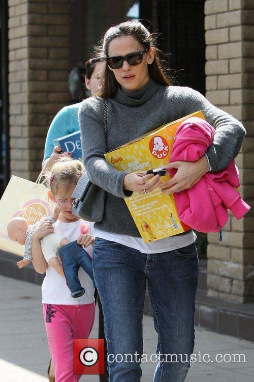 Jennifer Garner and her daughter Violet Affleck out...
