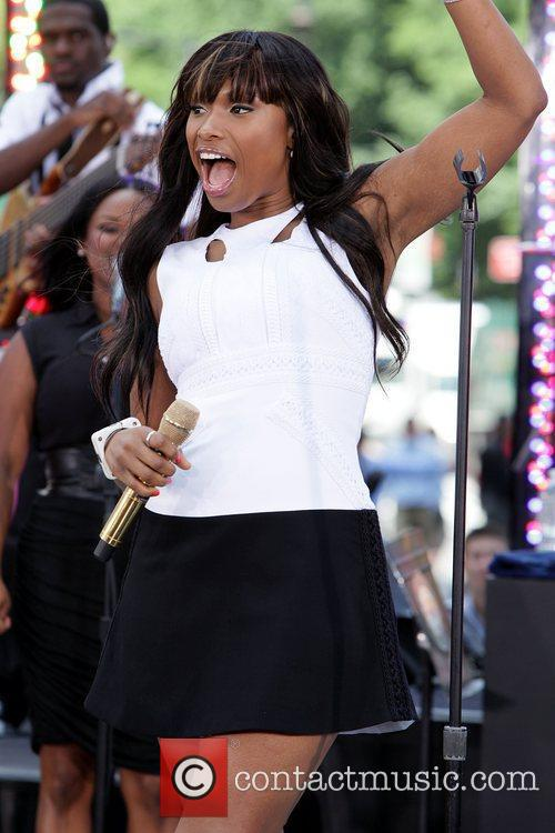 Jennifer Hudson performs on CBS' 'The Early Show'...