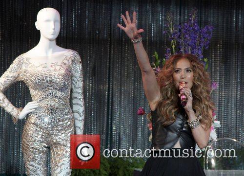 Jennifer Lopez Jennifer Lopez CD Signing & Album...