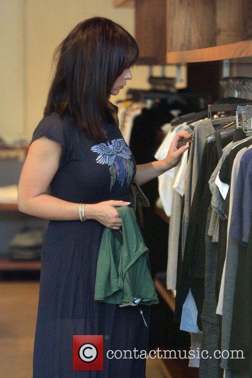 Jennifer Love Hewitt shops at Madison boutique on...