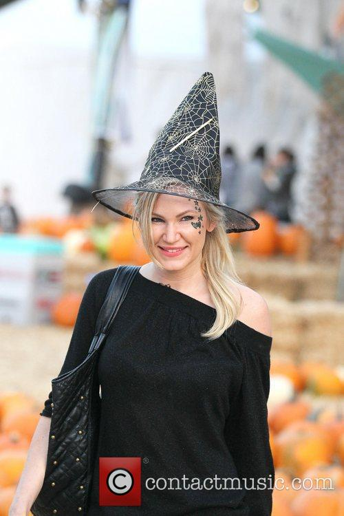 Jennifer Woods visits Mr Bones Pumpkin Patch in...