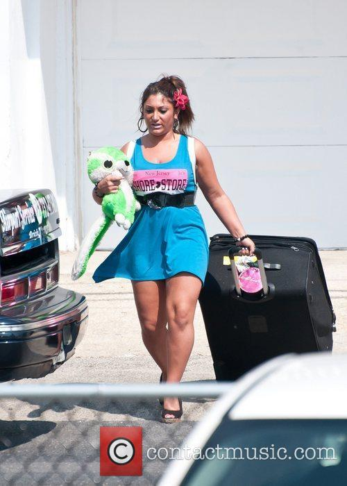 Deena Cortese  The Jersey Shore cast move...