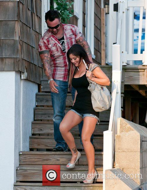 Outside the 'Jersey Shore' house
