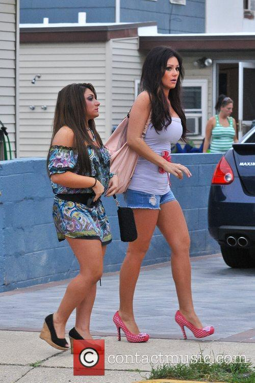 Cast members of MTV's 'Jersey Shore' shooting back...