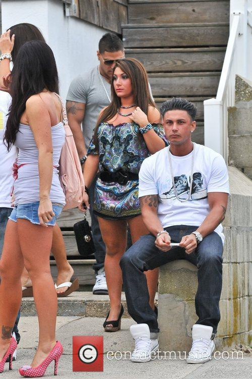 Ronnie Ortiz-Magro, Deena Cortese, Jenni Farley aka 'JWoWW',...