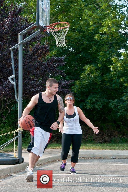 Vinny, Deena, and DJ Pauly D play basketball