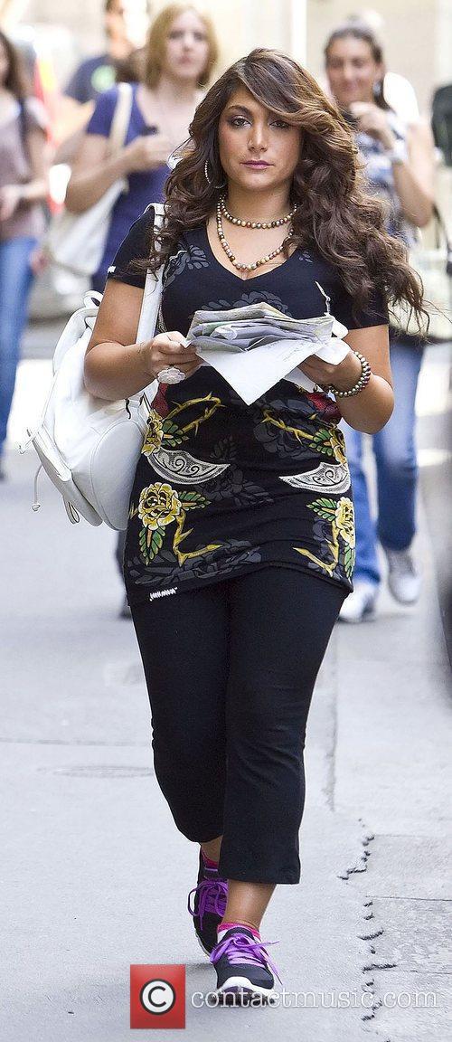 Deena Nicole Cortese Jersey Shore cast members take...