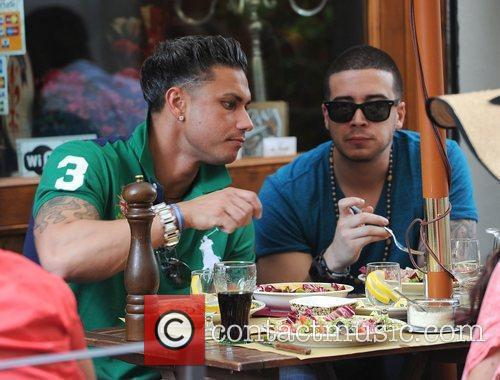 Paul Pauly D DelVecchio and Vinny Guadagino Jersey...