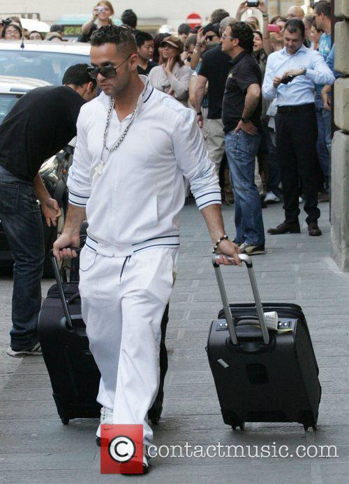 'The Jersey Shore' cast arrive at their town...