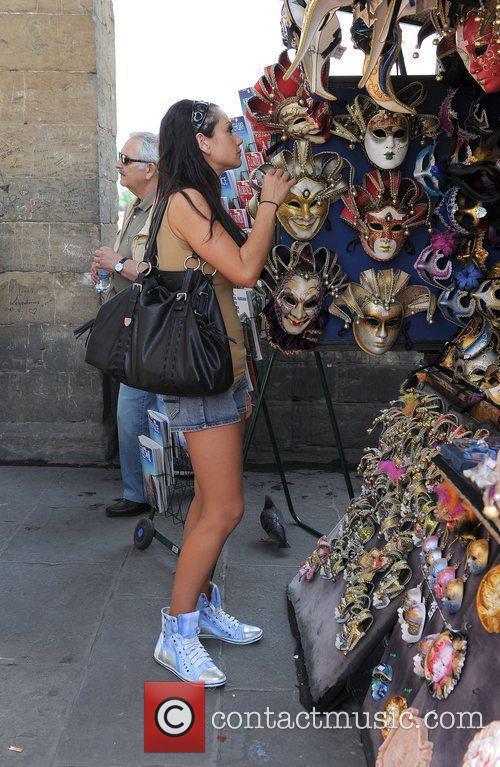 Jenni JWoww Farley Visits some market stalls and...