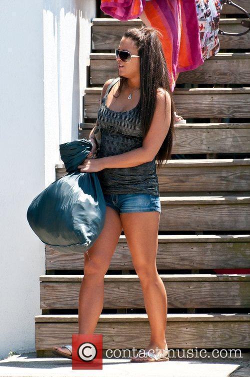 'Jersey Shore' cast members Sammi and Deena take...