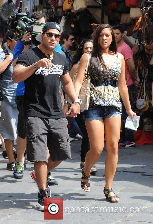 Jersey Shore cast members explore a local market...