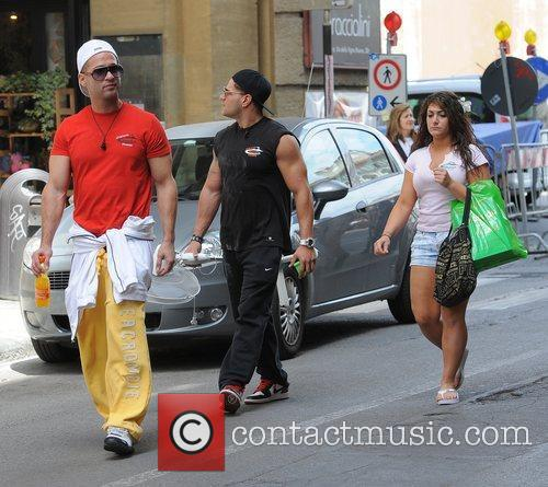 Jersey Shore cast members returning home from a...