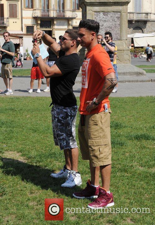 Ronnie Ortiz-Magro and Paul Pauly D DelVecchio Visit...