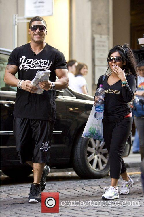 Nicole Polizzi and Jersey Shore 5