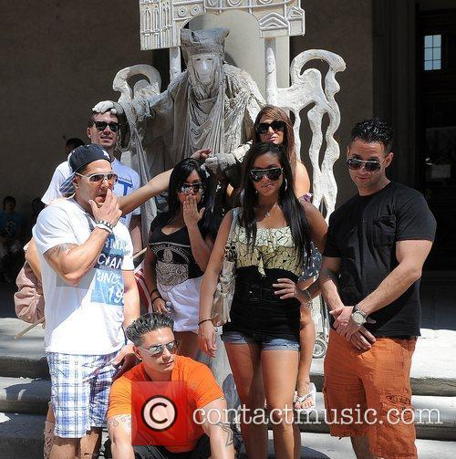 The Jersey Shore cast pose for pictures with...