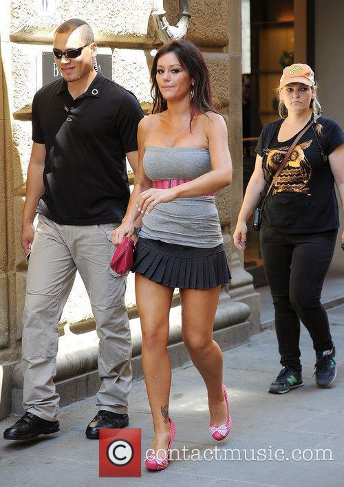 Jenni JWoww Farley Jersey Shore cast members walking...