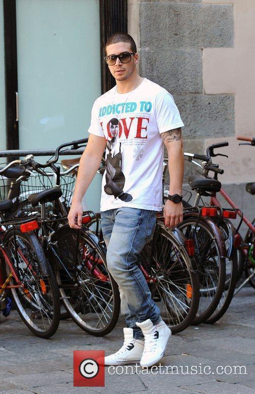 Vinny Guadagnino Jersey Shore cast members walking through...