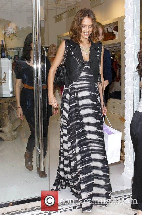 Jessica Alba leaves Shay Todd boutique on Melrose...