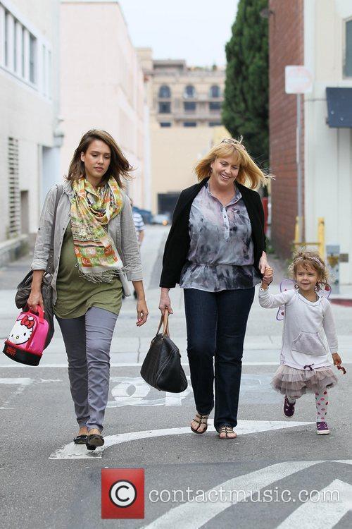 Pregnant Jessica Alba, her daughter Honor Marie Warren...