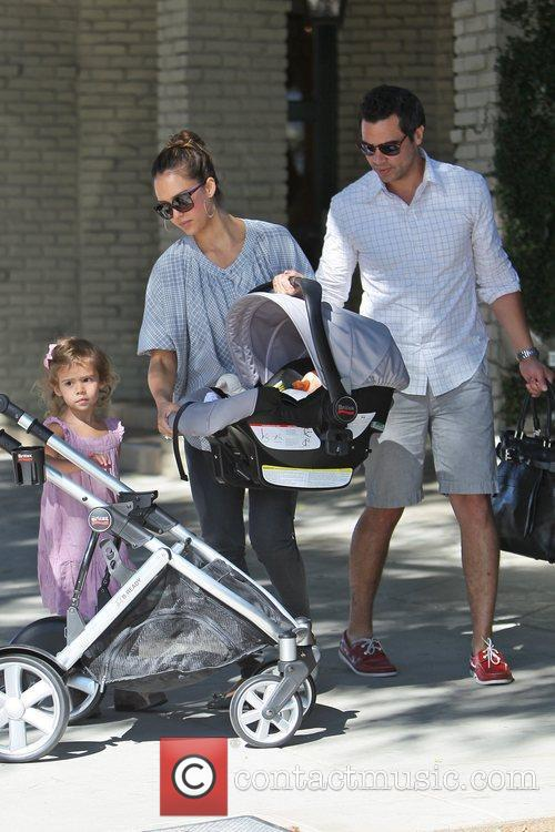 Jessica Alba and Cash Warren 12