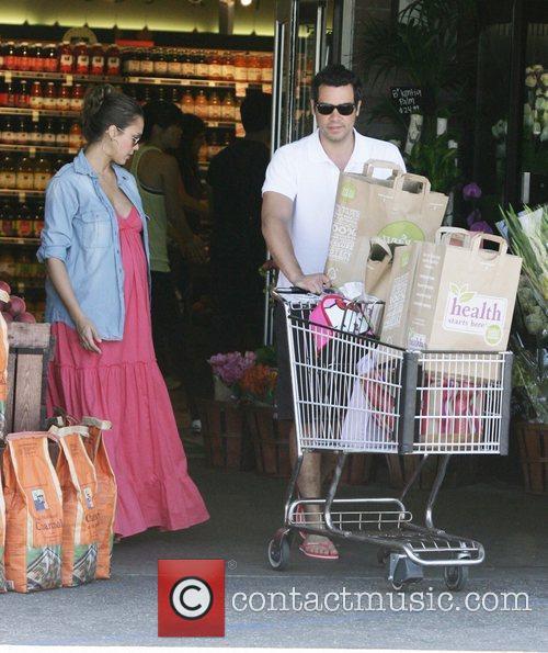 Jessica Alba and Cash Warren take their daughter...