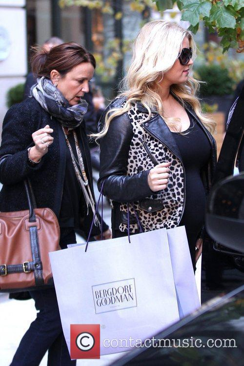 Jessica Simpson and Manhattan Hotel 6