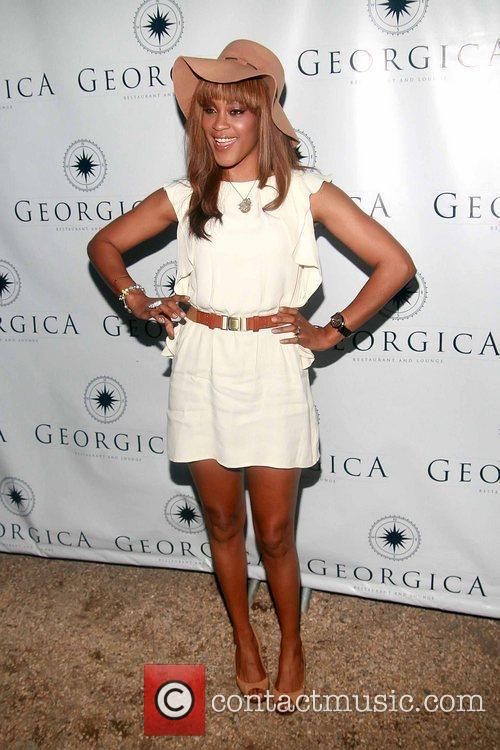 Attends Jessica White's Angel Wings Foundation benefit for...