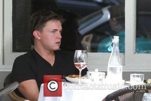 Jessie McCartney seen having lunch with a friend...