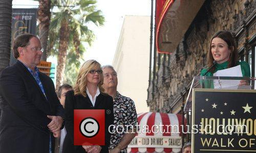 john lasseter bonnie hunt and emily mortimer 3588061