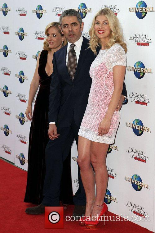 Gillian Anderson, Rosamund Pike and Rowan Atkinson 3