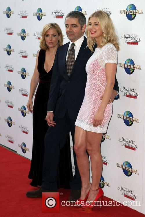 Gillian Anderson, Rosamund Pike and Rowan Atkinson 1
