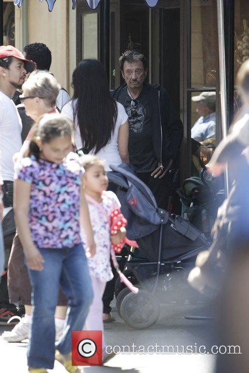 Johnny Hallyday with family spending the day together...
