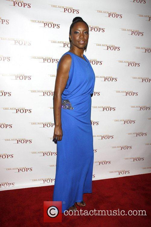 Heather Headley 1